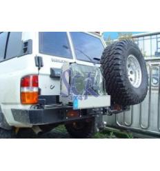 Parachoques trasero AFN con doble soporte para rueda y bidón